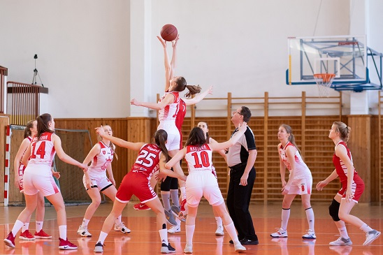 women playing basketball 2116469